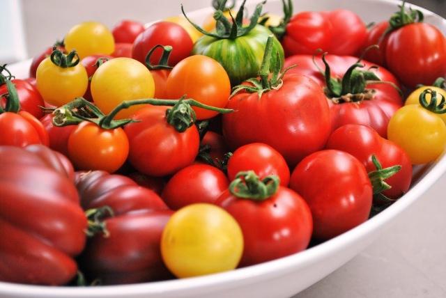 bowl full of heirloom tomatoes