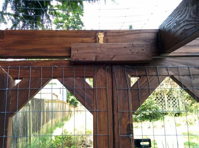 door stop for duck enclosure